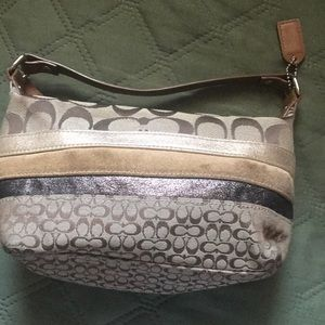 Genuine coach purse; shades of chocolate!